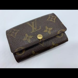 AUTHENTIC LOUIS VUITTON MONOGRAM 6 RING KEY HOLDER